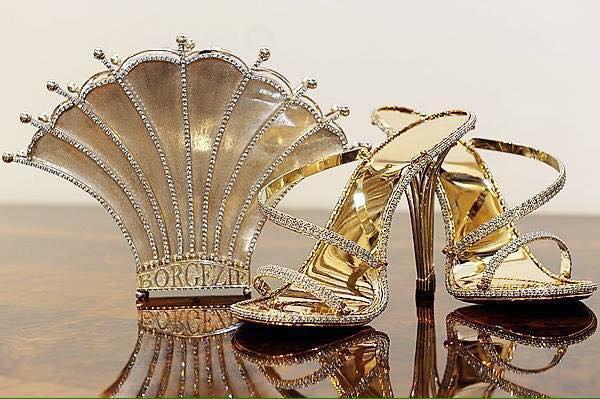 Туфли на каблуках от Кристофера Майкла Шеллиса