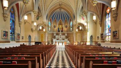 почему католическая