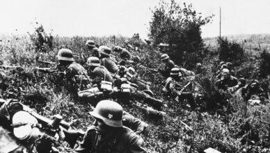 Гитлеровцы стремились прорвать оборону