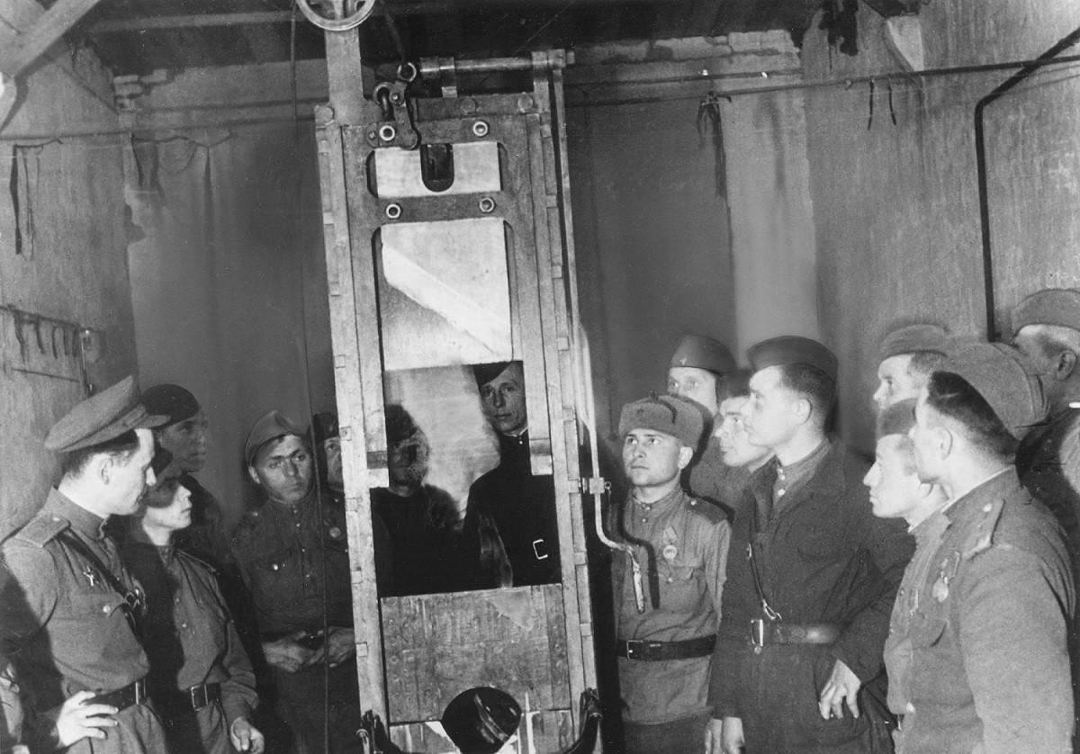 Гильотина нацистской тюрьмы Плётцензее