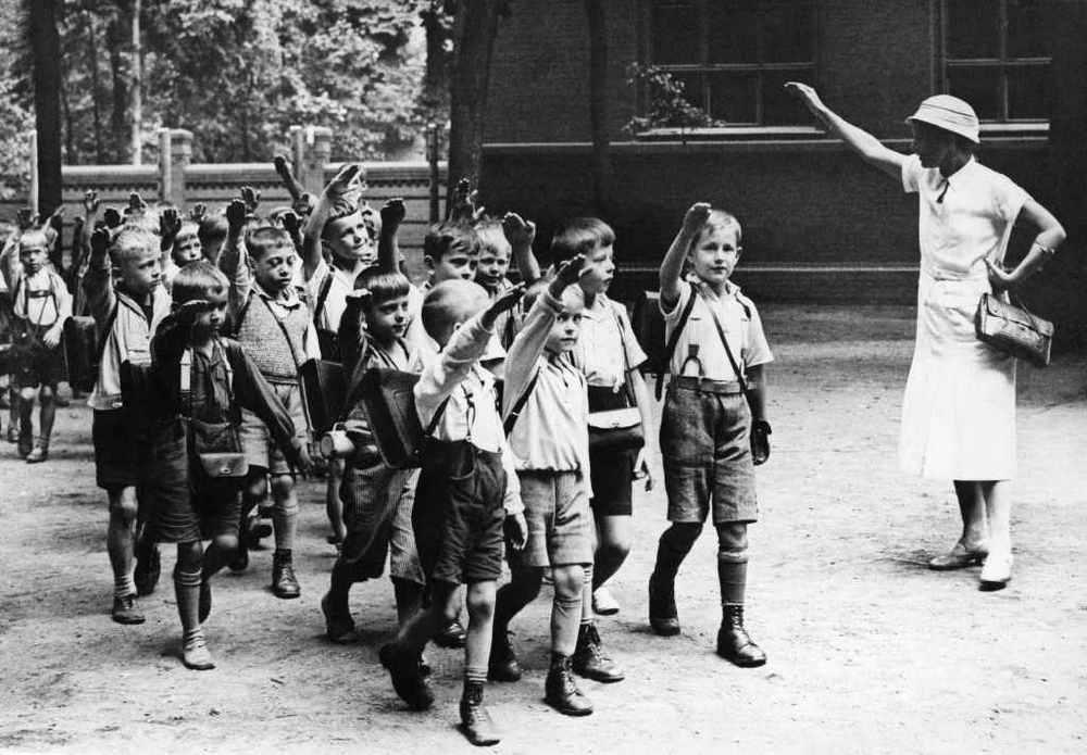Дети, воспитывавшиеся Польскими опекунами в рейхе