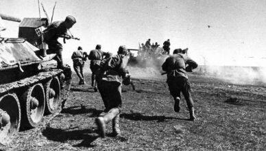 Атака гитлеровцев была отбита
