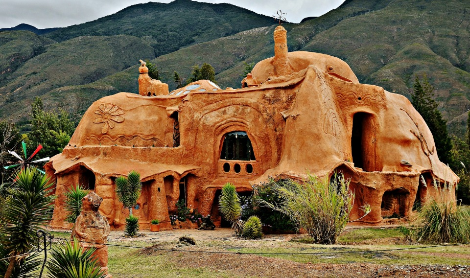 Колумбия, Терракотовый дом