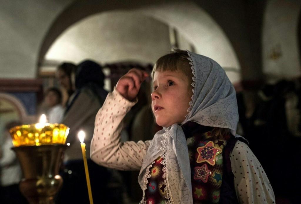 детей приобщают к религии с младенчества