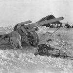 Восемь танков — восемь пушек, еще батарея