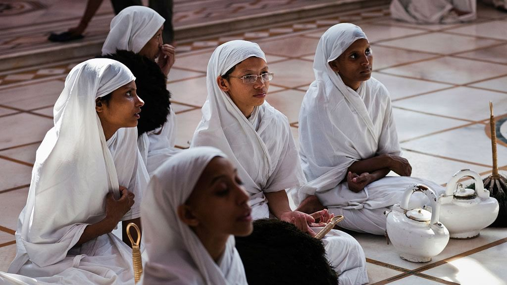 джайнские монахи и монахини