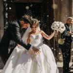Почему бросают рис на свадьбах?