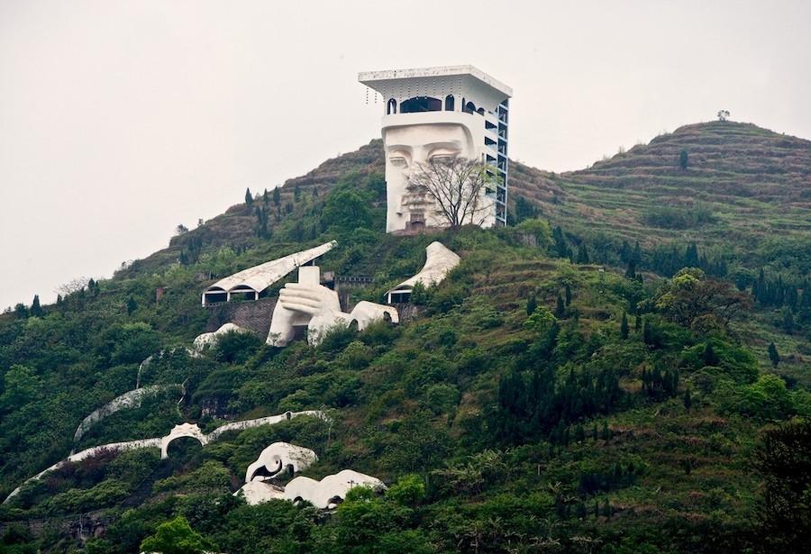 В Китае есть город призраков Фэнду