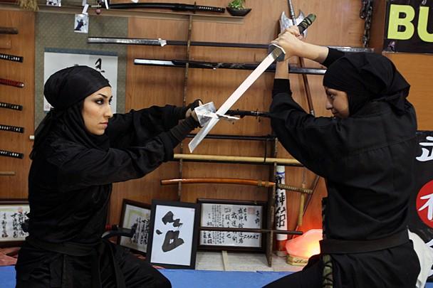 Женщины-ниндзя, несущие смерть