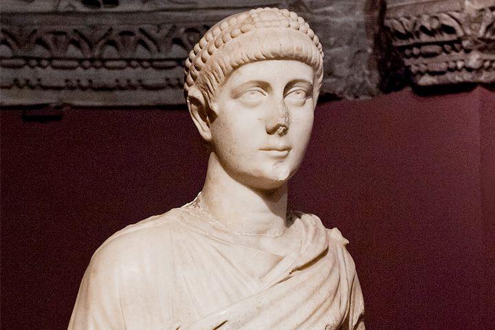 Валентиниан I