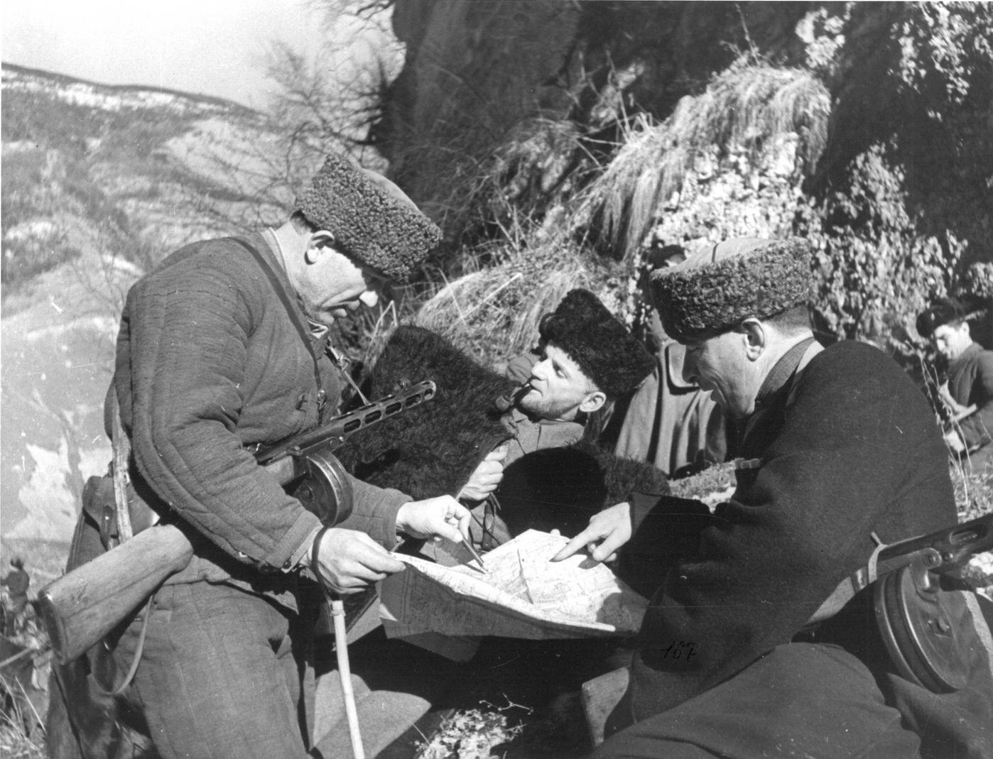 об оказании материальной и финансовой помощи Северо-Осетинской АССР