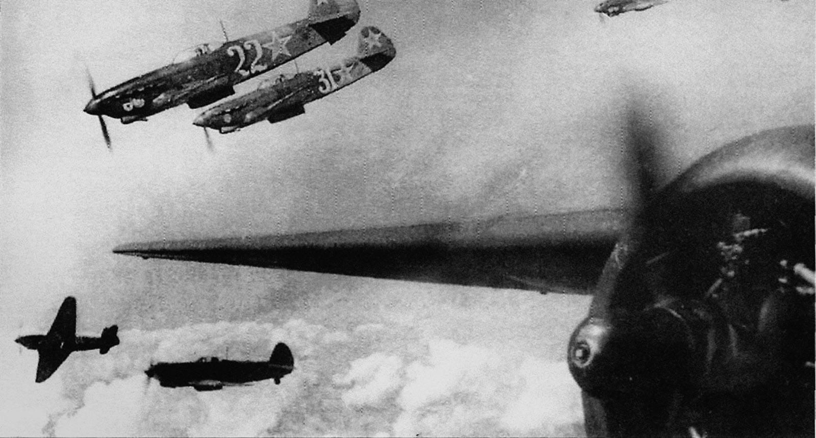 Авиационная боевая симфони